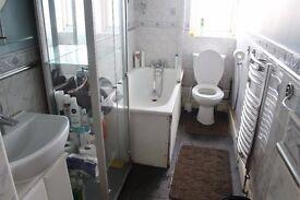 3 Bedroom house to Rent , Degenham