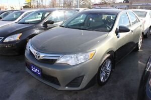 2013 Toyota Camry LE NAVIGATION ALLOY WHEELS