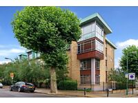 Beautiful three bedroom three bathroom garden flat for rent in North West London perfect for sharers