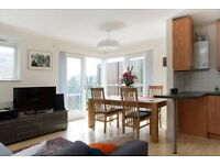 Spectacular apartment to let in Peckham, close to the tube, furnished and equipped. Bills incl