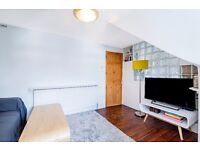 Narbonne Avenue, SW4 - A newly refurbished one bedroom flat on Narbonne Avenue in Clapham South