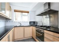 Newly decorated three bedroom flat to rent on Mays Hill Road in Shortlands