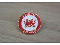 "REDUCED TO ONLY £1 WELSH FOOTBALL OFFICIAL ""WEAR RED FOR WALES"" SUPPORTERS ENAMEL BADGE"