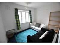 A spacious and superbly located 3 double bedroom flat