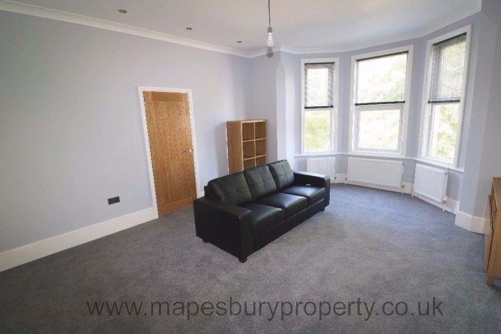 3 Bed Flat to Rent - NW2 - Would Suit Sharers - Walking Distance to Amenities & Jubilee Line Station