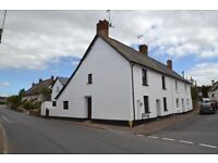 Pretty one bedroom cottage to rent in the lovely village of Woodbury, close to Exeter and Exmouth