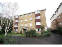1 bedroom flat in Galsworthy Road, Kingston Upon Thames, KT2