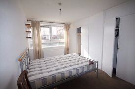 Double room or twin room to rent (Bills included)