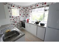 N14 2 DOUBLE BEDROOM FLAT. AVAILABLE NOW. Close to TUBE, Shops, buses. NO PETS NO DSS