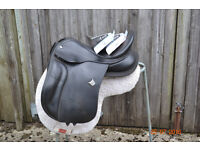 "Bates 17"" Seat Black Leather Saddle Cair System 3 Interchangeable gullets Good Condition"