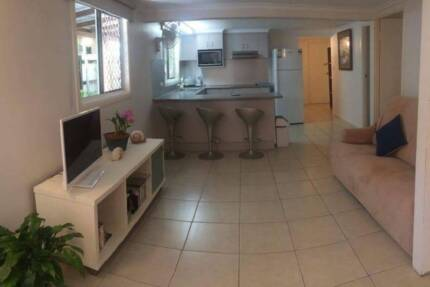 HOLIDAY UNIT IN CAIRNS
