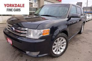 2009 Ford Flex SEL. Panoramic Roof. 7 Passengers