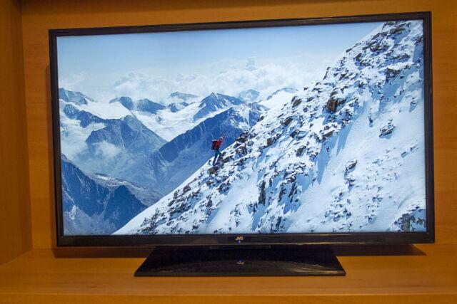 Full HD 1080p JVC LT-39DG52J 39