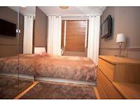 Double room to rent in Roehampton (150 all inc)