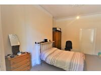 One bedroom property in Acton with communal garden