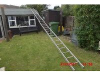 Double Extending Ladder 4.30 metres closed 8.05 metres extended
