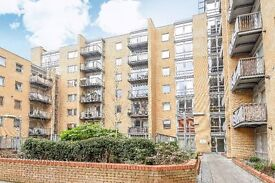 A uniquely well sized third floor apartment located in Limehouse.