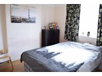Large Double in Tooting Bec ALL BILLS INCLUDED Available 01/09