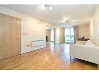 Large Ground Floor 2 Bedroom 2 Bathroom Riverside Apartment in Oyster Wharf Battersea