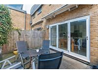 Beautifully decorated characteristic three bedroom two bathroom flat for rent in Kensal Rise