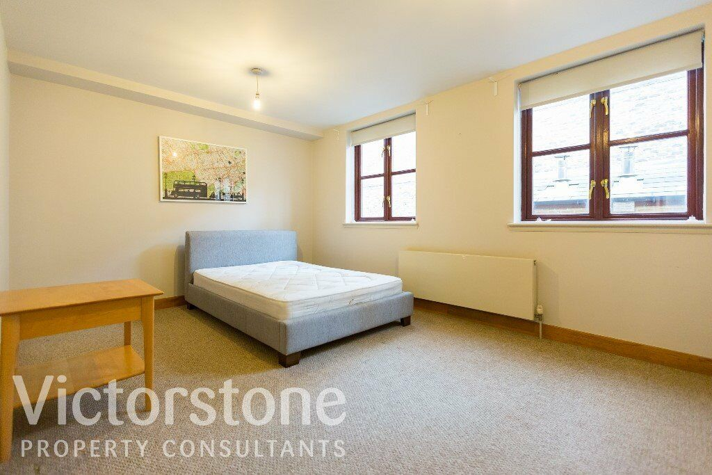 GREAT VALUE TWO DOUBLE BEDROOM FLAT ON WAPPING LANE £395 PER WEEK WITH PRIVATE PARKING INCLUDED