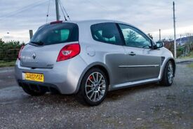 Clio 197 with Cup chassis & top spec.