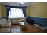 *** LARGE THREE BEDROOM HOUSE AVAILABLE IN RM6 - CHADWELL HEATH ***