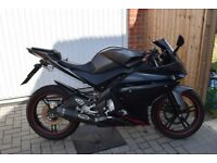 Yamaha yzf r125 2012 (Delivery Available)