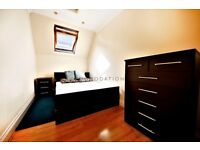 Beautiful 2 bedroom flat near Sydenham station