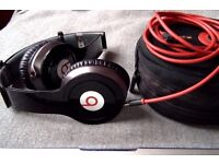 Genuine Beats SOLO HD over ear headphones Top quality - with box and all accessories