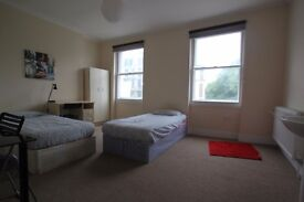 ok.***TRIPLE ROOM in Camden Available to Rent ALL BILLS + WIFI INCLUDED