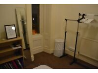 Room available in furnished 4 bedroom flat on PARK CIRCUS PLACE with 3 students