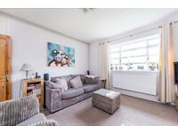 Cavendish Road, SW4- A fantastic two bedroom apartment located moments to Clapham South Tube Station
