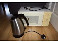 600W Microwave and 1.7L Kettle ONO