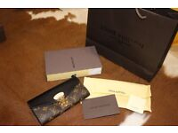 Louis Vuitton wallet boxed / brand new / classic print with black top