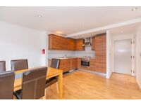 SPACIOUS 3 BED 2 BATH FLAT IN WAREHOUSE CONVERSION - 530 PW