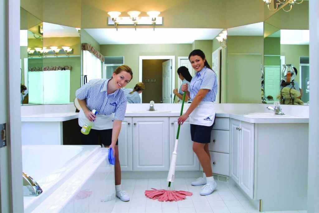 Find The Services Of Professional Cleaners For Your Place