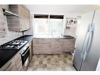2 bedroom house in Harp Road, Hanwell, W7