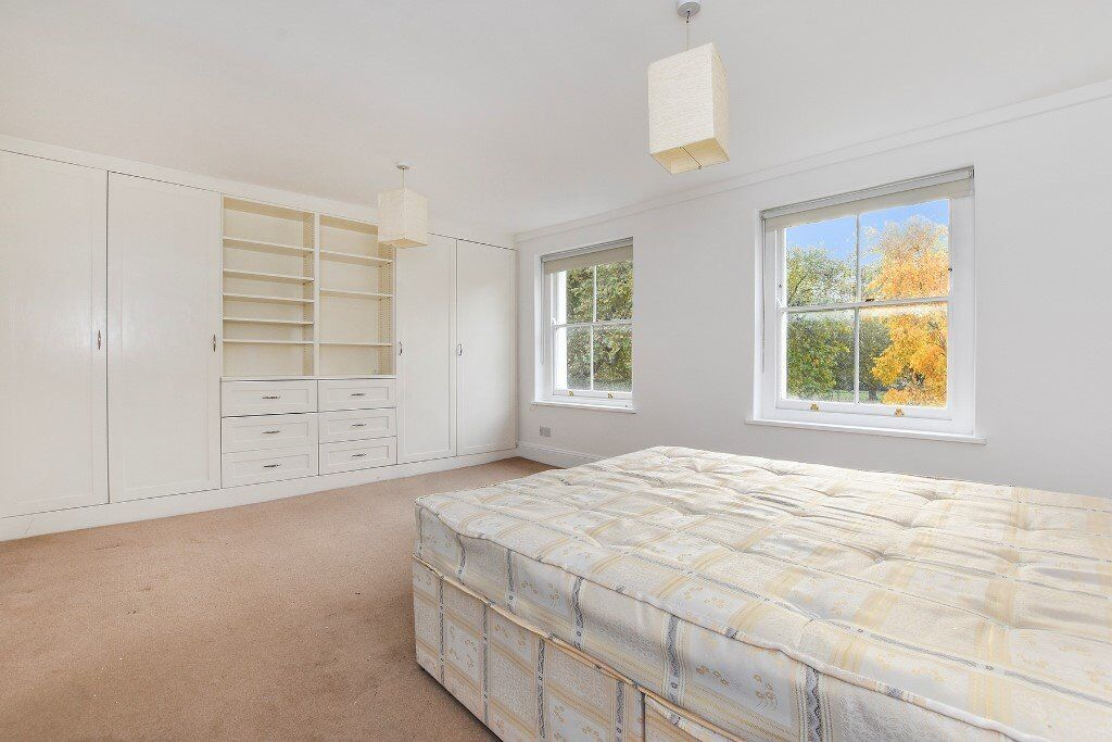 Large 2 Bedroom Apartment - Over Looking London Fields