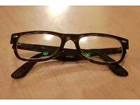 Ray Ban Wayfarers. Excellent Condition.