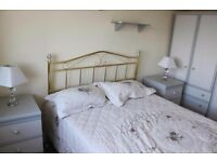This lovely 2 bed apartment situated in the heart of Edgware