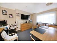 Woodhill - Offers Over £750 pcm. One bedroom property available now in Woolwich (NO PETS, NO DSS)