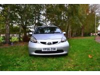 Toyota Aygo 1.0 VVTi 67 + 3 door Hatchback Manual - 5 speed - Petrol - 2007