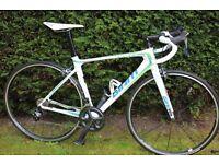 Giant TCR Advanced Pro 1 Racing Bike - 2015 Model - Medium Frame in White - Full Ultegra Spe