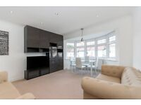 Bright and modern two bedroom property in Kensal Rise with a large garden and patio space