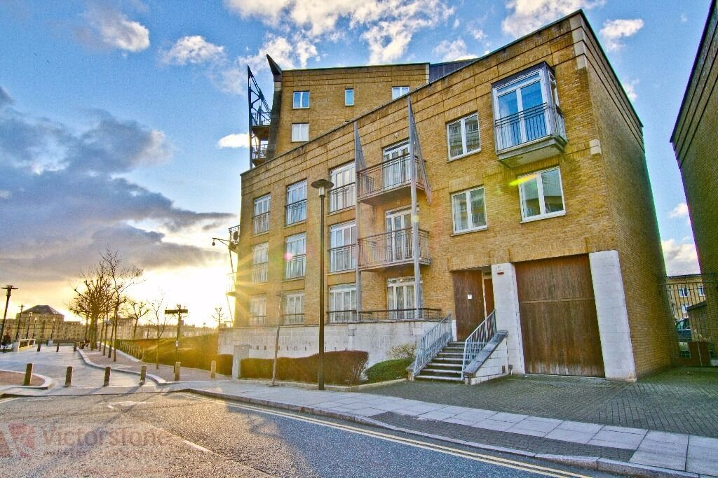 3 BEDROOM FLAT CANARY WHARF WESTFERRY CIRCUS AVAILABLE NOW £575 PER WEEK