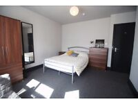 DOUBLE ROOMS IN A SHARED HOUSE