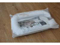 Sleepyhead deluxe+ pod baby bed 0-8 months EXCELLENT CONDITION WITH PACKAGING