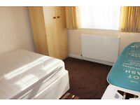 Spacious 2 bedroom flat in Rayners Lane!!