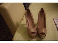 Nude Peep-toe Heels - Size 7